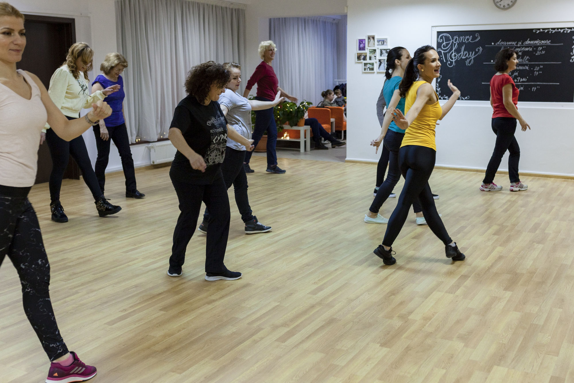 cursuri de dans moderne pentru dame