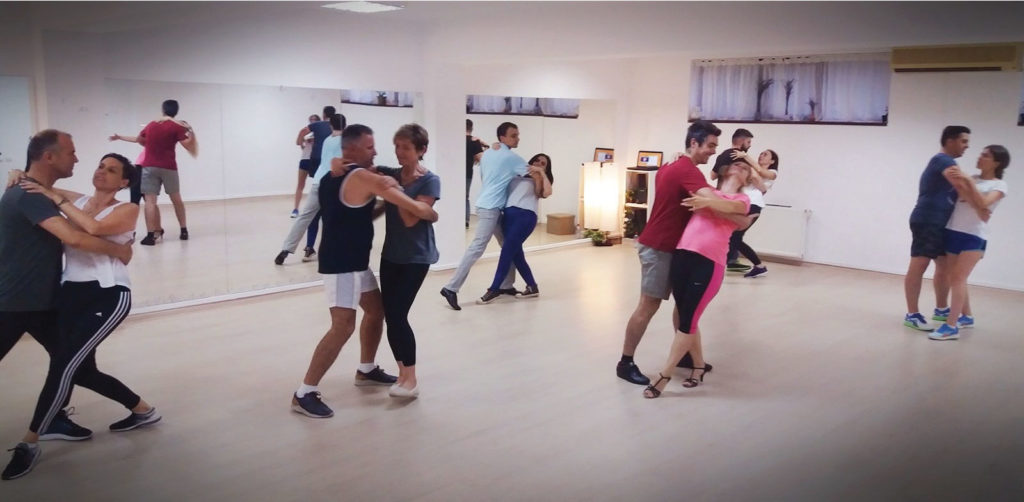 Grupa-Dans-pentru-Perechi